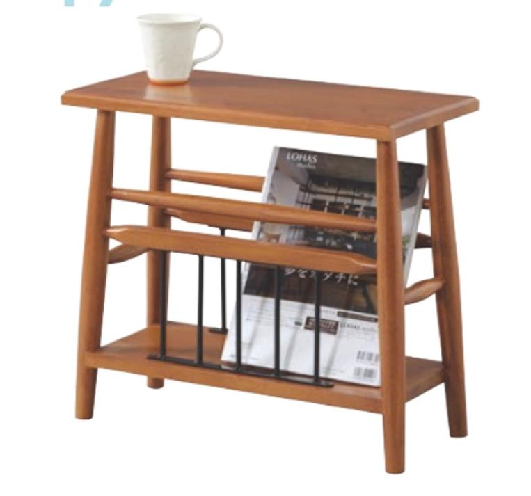 ROOMESSENCEのウッドのサイドテーブルの写真