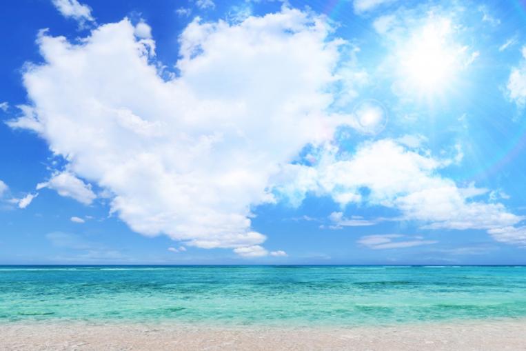 晴れた夏の空