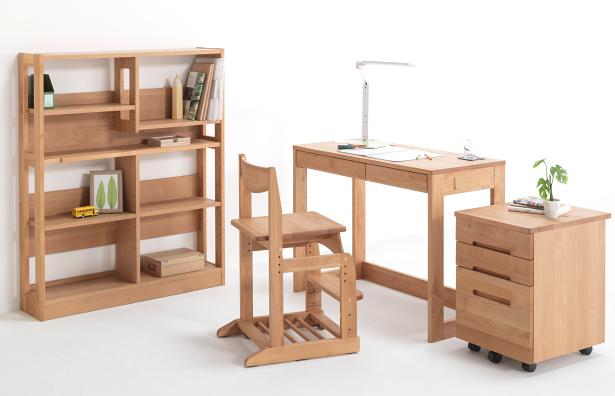 堀田木工所の本棚と学習机