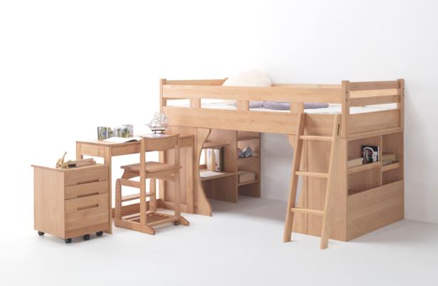 堀田木工所のベッドと学習机セット
