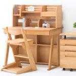 隠れ家カフェに置いてあるような、心落ち着く『堀田木工所』学習机