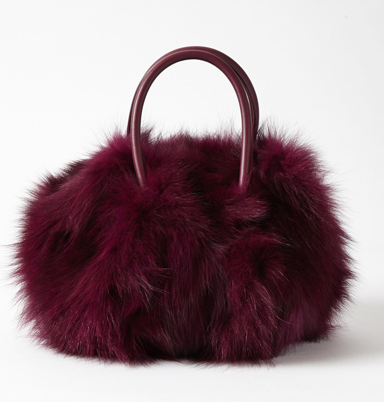 smirnasliのファーバッグのボルドーの写真
