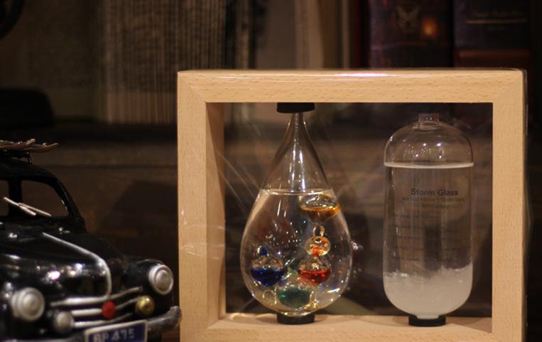 Chataniの温度計&ストームグラスを使った写真