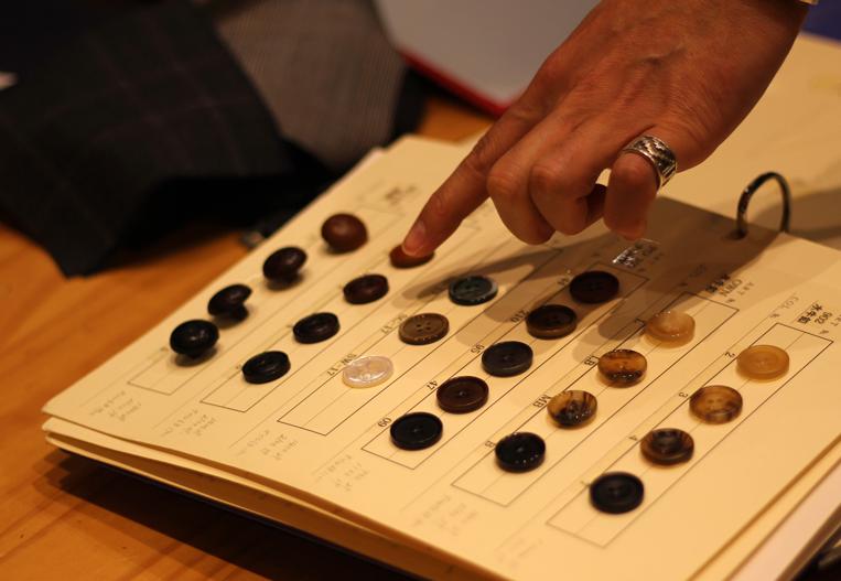 ボタン選び