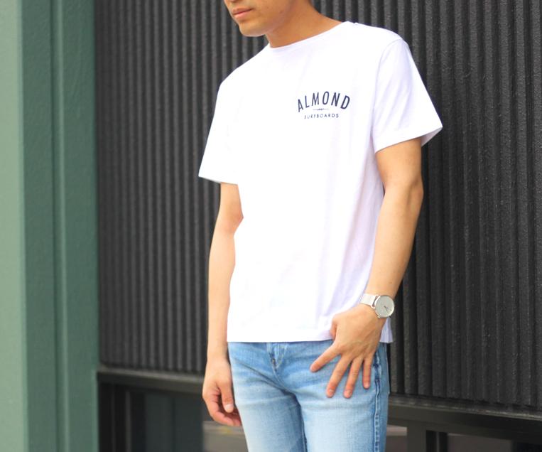 Tシャツのフロントデザイン