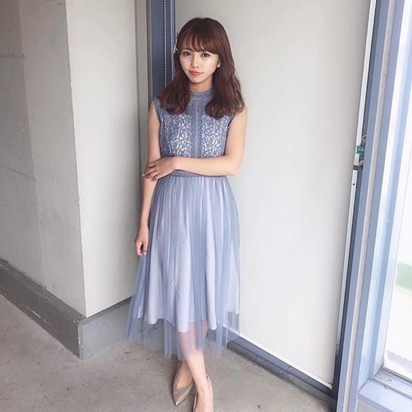 Dorry Doll/ドリードールのドレスを着た女性