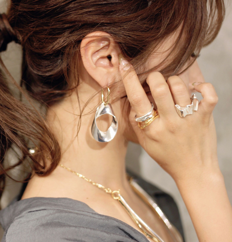 Sead's mara/シーズマーラのcrocked pierce