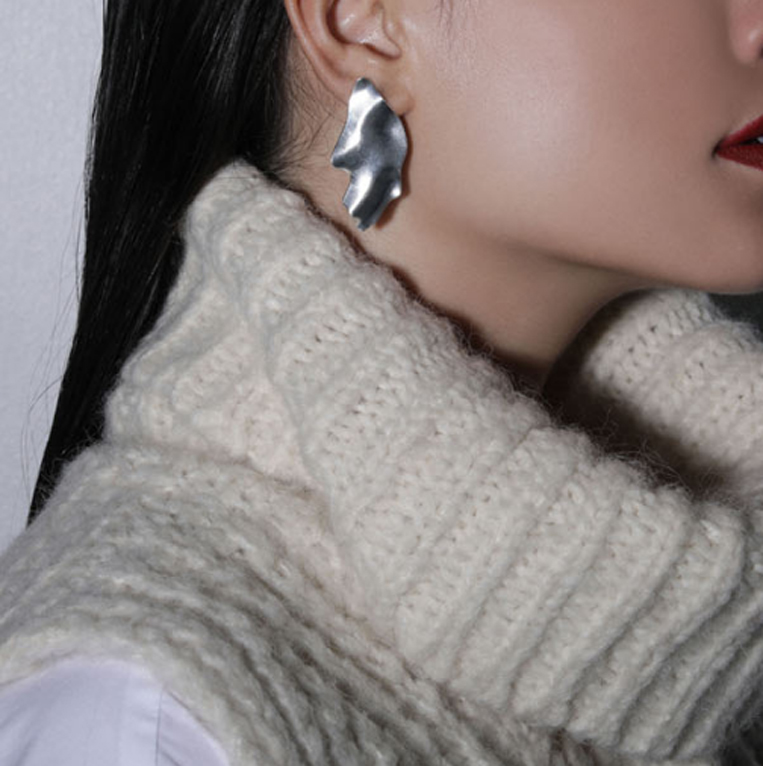 Sea'ds mara/シーズマーラのPartial pierce ・earring
