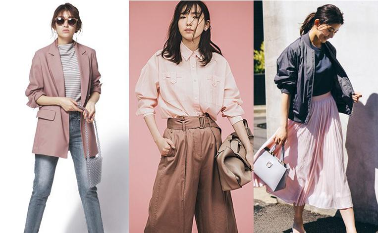 くすみピンクの服を着た3人の女性