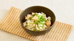 サラダサーモンの混ぜご飯