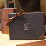 プレゼントに贈りたくなる!名入れ刻印できる木製小物雑貨